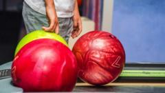 Bowling-bowls
