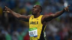 Usain Bolt wins 200m sprint