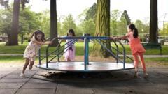 kids-at-park.