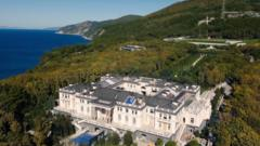 Image shows the palace on the Black Sea