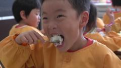 Japanese child eating