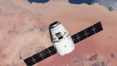 SpaceX-Dragon-capsule.