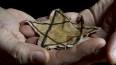 Someone holding a Star of David.