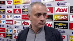 Mourinho walks out of interview