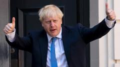 Boris-Johnson-putting-his-thumbs-up.