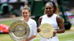 Simona Halep and Serena Williams with their Wimbledon trophies