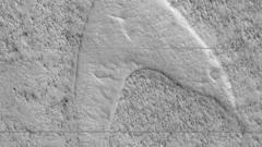 Strange marking on the surface of Mars.