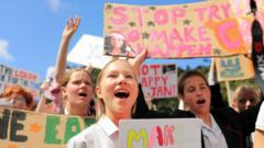 Kids-protesting-in-Australia