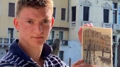 Teenage painter in Venice