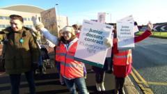 Junior doctors go on 48 hour strike