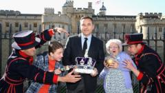 David Walliams and the cast of Gangster Granny -the theatre production