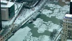 Aerial view of Chicago River.