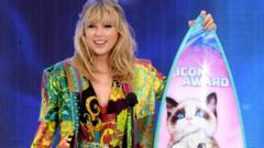 Taylor-Swift-wins-icon-Award