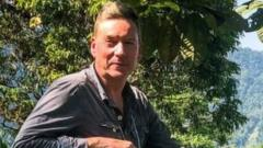 Frank Gardner in Colombia