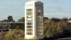 A cream coloured telephone box in Hull