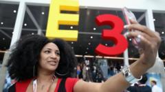 e3-logo-selfie