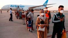 people-leave-plane