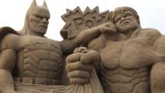 Batman and the Incredible Hulk sand sculptures