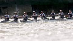 """BNY Mellon 2015 Oxford v Cambridge University Boat Race - River Thames, London - 11/4/15 Oxford in action during the Women""""s Race"""