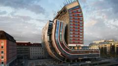 Photo of hotel curled up