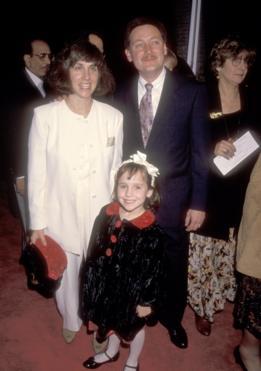 Mara Wilson con seus pais