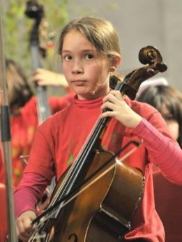 Sara e seu violoncelo