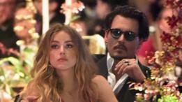 Amber Head e Johnny Depp em janeiro de 2016