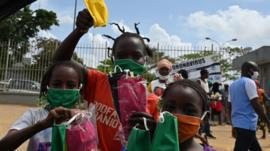 Qué hay detrás de la aparente resistencia de África a la pandemia de coronavirus