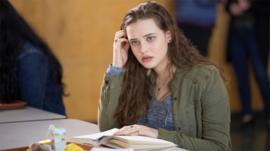 Netflix elimina la escena del suicidio de la exitosa y polémica serie
