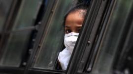 Coronavírus: por que o exemplo da Espanha mostra que mundo precisará de novas quarentenas