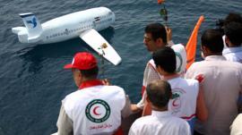 4 aviones de pasajeros que fueron derribados por misiles como el vuelo de Ukraine International