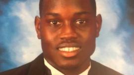 La indignación en EE.UU. por la muerte de un joven negro que hacía deporte a manos de un expolicía y su hijo