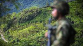 3 claves que explican por qué se destapó una olla de escándalos en el ejército de Colombia