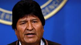 Após 13 anos no poder, Evo Morales renuncia à Presidência da Bolívia