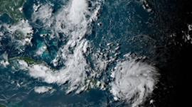 Dorian es ya huracán y amenaza Florida. República Dominicana y Puerto Rico esquivan lo peor