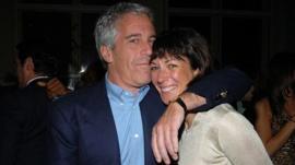 Ghislaine Maxwell, la celebridad de la alta sociedad y exnovia de Jeffrey Epstein a la que vinculan con el escándalo de tráfico sexual de menores