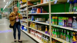 La psicología detrás de las compras nerviosas por el coronavirus
