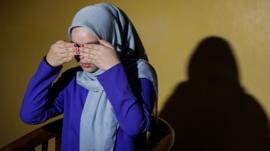 El misterio de las alumnas que gritan en escuelas en Malasia