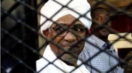 السودان يبدأ تحقيقا في جرائم دارفور