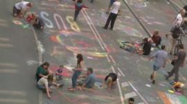 Over 20,000 people set a new world record for street art