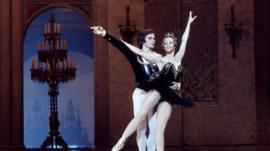 Rudolf Nureyev and prima ballerina Natalia Makarova.