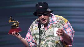 La apasionada defensa del reggaetón que hizo Bad Bunny en los Latin Grammy