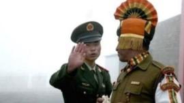 पाकिस्तान को लेकर मुखर रहने वाली भारतीय सेना चीन पर चुप क्यों रहती है?