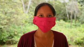 Así hacen frente al coronavirus los indígenas de la Amazonía ecuatoriana (y cómo se preparan para una pospandemia de hambre, desempleo y trueque)