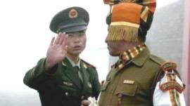 चीन के साथ तनाव पर भारत ने कहा, चीनी पक्ष के साथ संपर्क में हैं