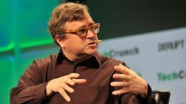 Cuál es el secreto de Reid Hoffman, el cofundador de LinkedIn, para crecer rápido y ganarle a la competencia