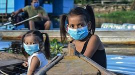 Las nuevas venas abiertas de América Latina: oro, petróleo y aguacates... un periodista inglés revisita la obra de Eduardo Galeano