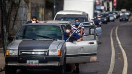 Por qué Venezuela se quedó sin gasolina y qué consecuencias tiene en medio de la crisis por el coronavirus