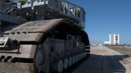 Cómo es manejar uno de los vehículos más grandes del mundo