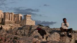 Cómo la crisis económica de la última década ayudó a Grecia en su estrategia para combatir el coronavirus